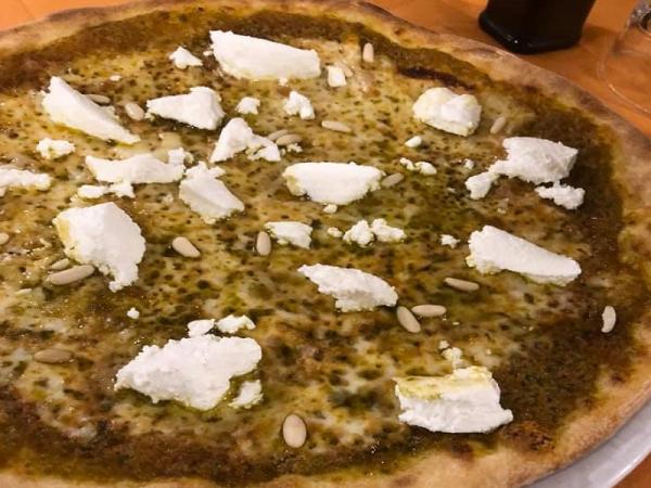 Foto 1 di MENU' PIZZA  per 2 persone   incluso antipasto e dolce - LA MAGIA DEL PIESTRO