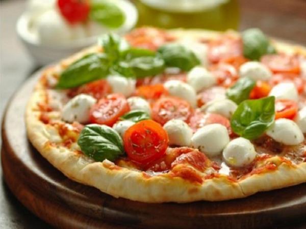 Foto 1 di  Menù pizza con dolce  per 2 persone - A CASA MIA