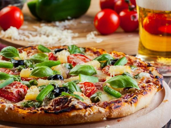 Foto 1 di MENU' PIZZA per 2 persone  DOLCE E BEVANDE INCLUSE  - HOLLYFOOD